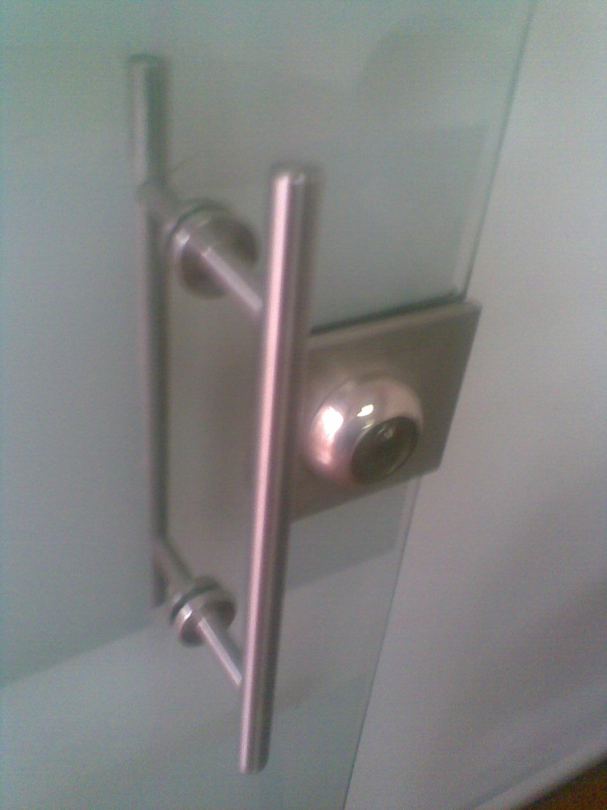 Cerraduras en Puertas de Vidrio